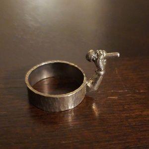 Handmade singing finger ring